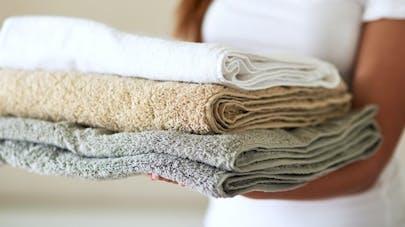 Les serviettes de bain, un vrai nid à bactéries?