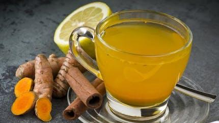 3 bienfaits du thé au curcuma