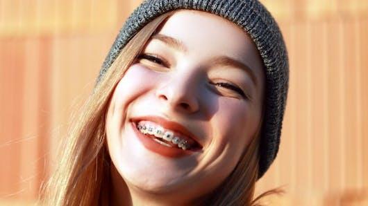 Comment soigner les blessures liées à un appareil dentaire