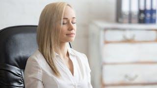Un exercice de respiration pour calmer une crise d'angoisse