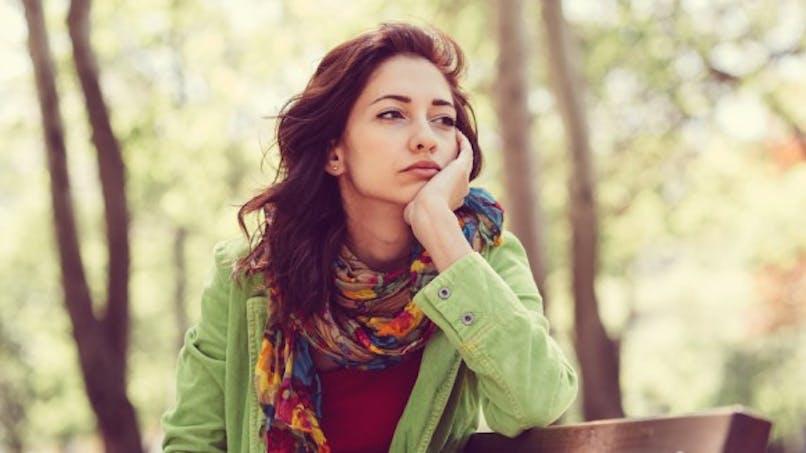 Pourquoi notre gorge se noue quand nous sommes tristes?
