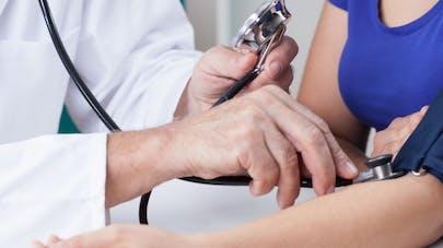 Hypertension: son seuil abaissé à 13.8 aux Etats-Unis