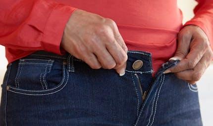 Comment éviter de se sentir lourd après un gros repas