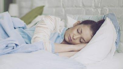 Comment le stress quotidien s'insinue dans nos rêves