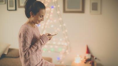 9 idées de sms à envoyer à votre amoureux pour les fêtes