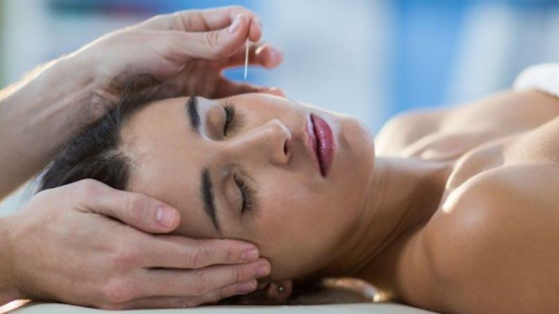 De l'acupuncture contre la douleur articulaire pendant un cancer du sein
