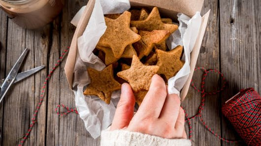 Comment gérer l'alimentation émotionnelle pendant les fêtes
