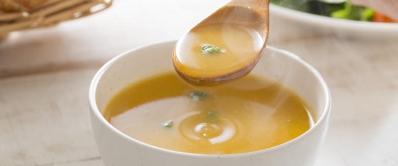 3 Recettes De Soupes Faciles A Preparer Sante Magazine