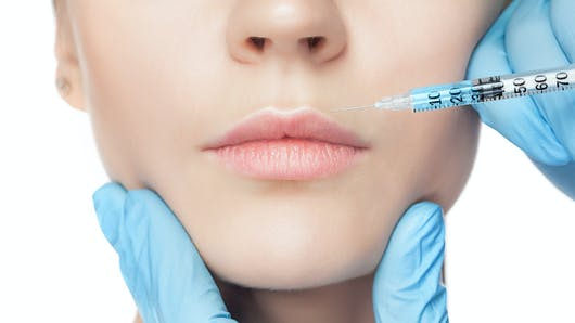 Injections botox et acide hyaluronique