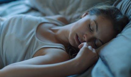 Pourquoi avons-nous des rêves bizarres pendant les règles?