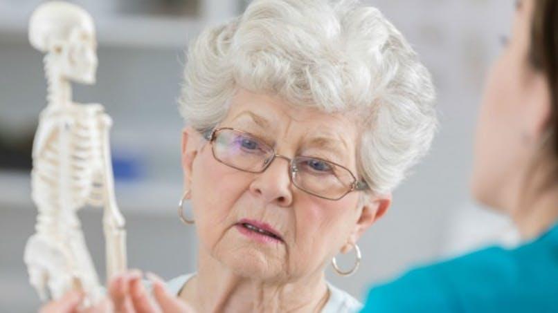 Ostéoporose: une combinaison novatrice de médicaments contre le risque de fracture