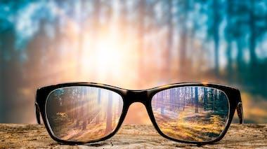 Prendre soin de ses yeux avec des verres teintés