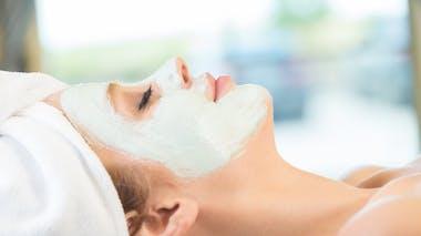 Le masque nourrissant visage, à faire au moins une fois par semaine en hiver