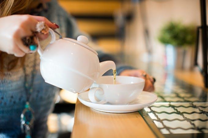 Eviter un excès de liquide le soir lorsqu'on souffre de l'estomac