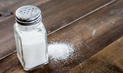 Comment l'excès de sel nuit au cerveau selon une étude