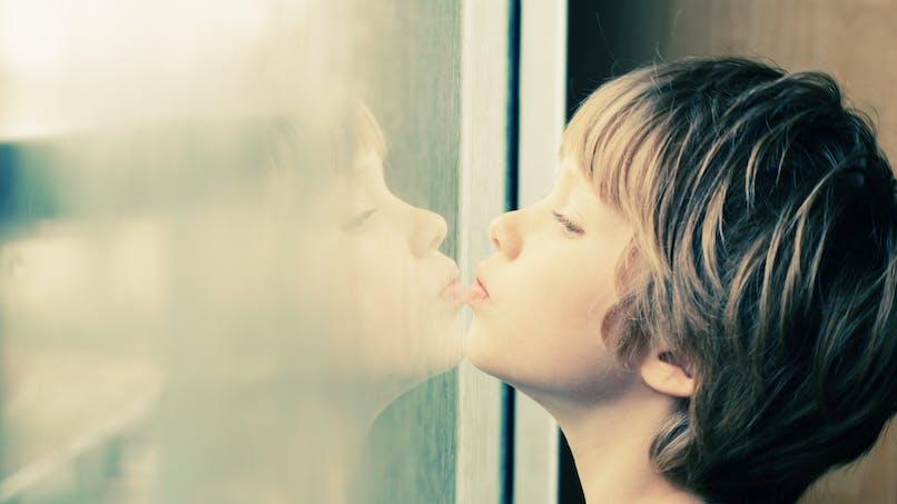 Prise en charge de l'autisme : un rapport accablant