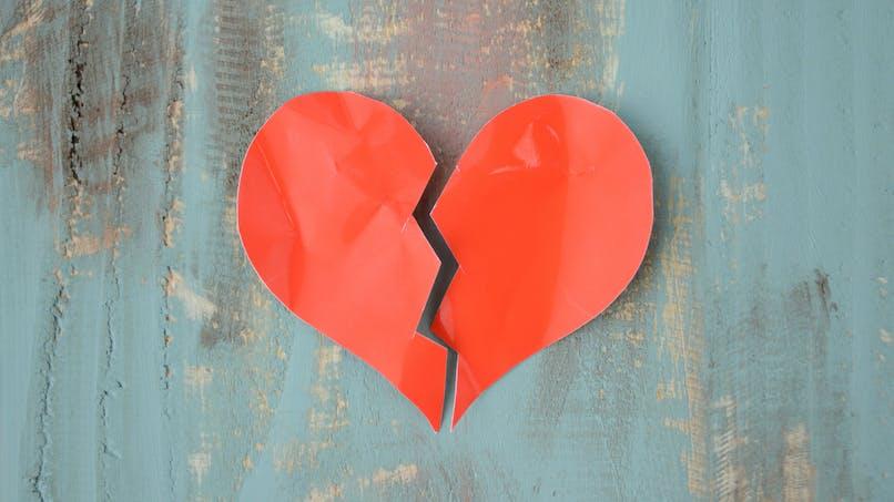 Saint Valentin : guide de survie pour les cœurs brisés