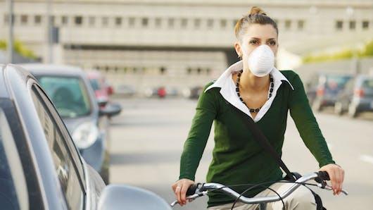 Les pics de pollution aussi dangereux pour le cœur que des fortes concentrations