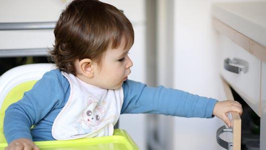Accidents domestiques : une appli prévient les parents en cas de danger pour l'enfant