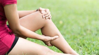 D'où vient la douleur derrière le genou ?
