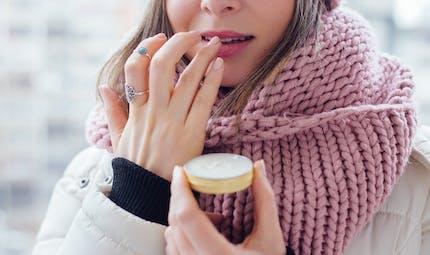 Comment la peau réagit au changement de saison