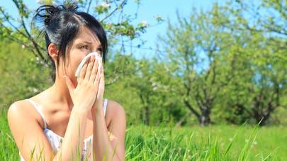 Allergies - Conseils pour se protéger Femme-allergique