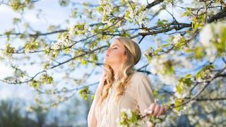 femme et printemps