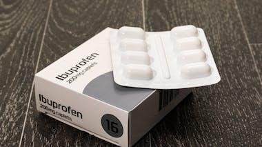 Maladie d'Alzheimer : de l'ibuprofène pour en prévenir l'apparition
