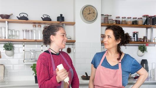 Ados : les faire cuisiner serait bon pour leur santé une fois adultes