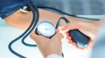 Hypertension: les femmes ne sont pas bien soignées