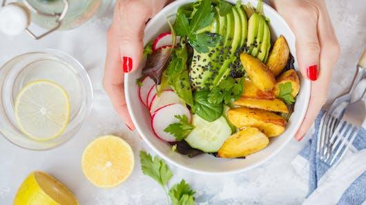 5 aliments pour prévenir l'acné