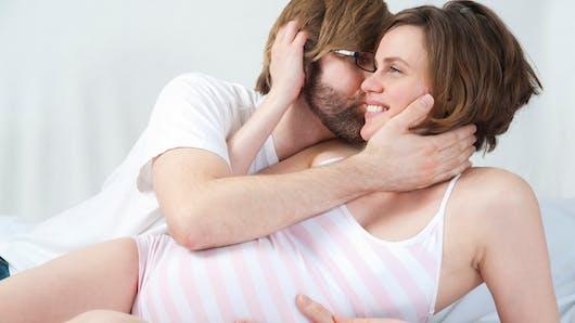 Les 5 meilleures positions sexuelles pendant la grossesse