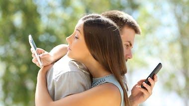 Comment éviter que le smartphone nuise à nos relations