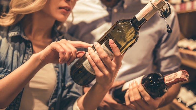 Alcool : les boissons dites allégées pousseraient à boire davantage
