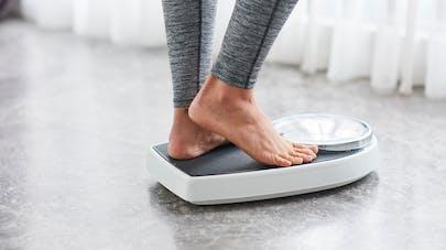 Les niveaux d'œstrogène affectent-ils notre poids ?