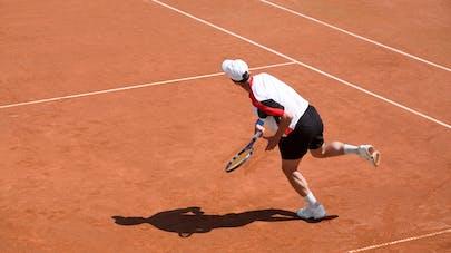 Roland-Garros : comment éviter tendinite et blessure au tennis