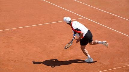 Roland-Garros: comment éviter tendinite et blessure au tennis