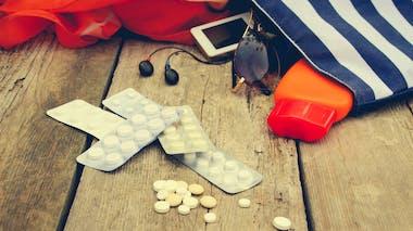 Vacances d'été : les médicaments interdits en fonction des destinations