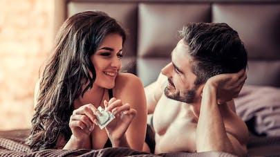 couple et préservatif