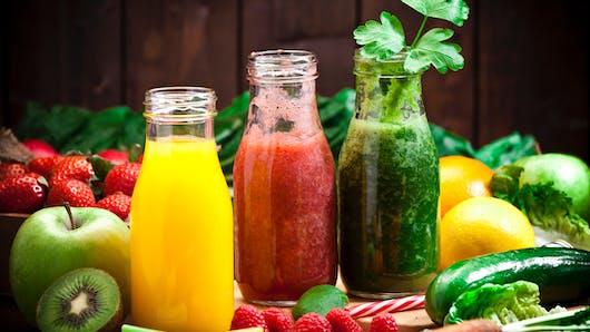 Jus de fruits et légumes : sont-ils vraiment bons pour la santé ?