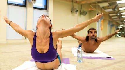 Tout sur le yoga bikram ou yoga chaud