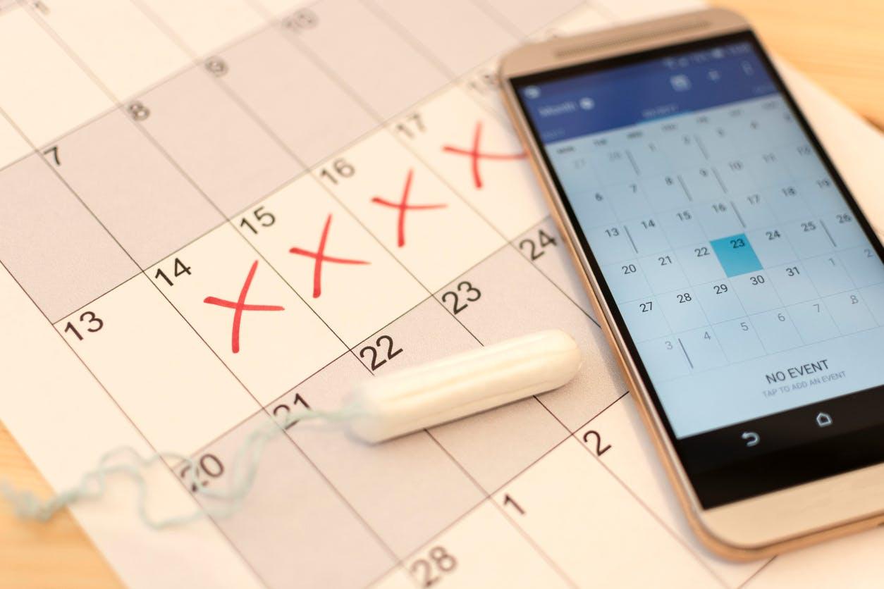 Peut-on avoir un cycle irrégulier malgré un contraceptif hormonal ?