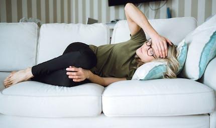 Comment prévenir les migraines menstruelles