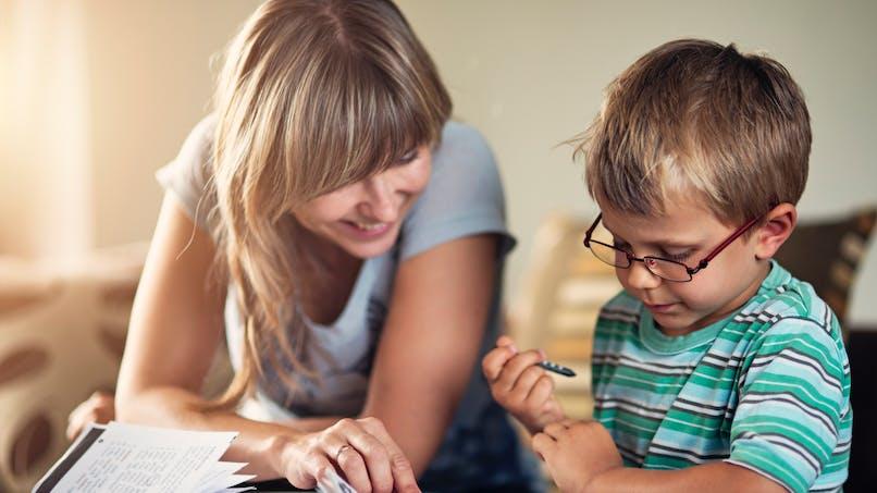 Parentalité : vouloir tout contrôler nuit au développement émotionnel de l'enfant