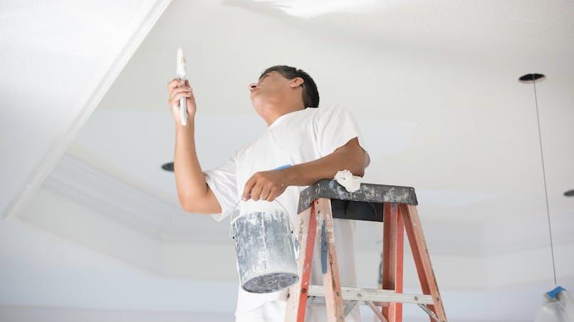 Sclérose en plaques : peintures et vernis augmenteraient le risque