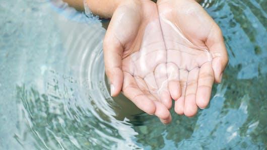 Comment répondre aux besoins en eau de son corps