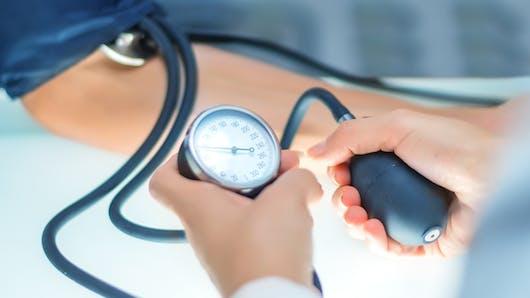 Hypertension, infarctus: retrait de médicaments à base de valsartan