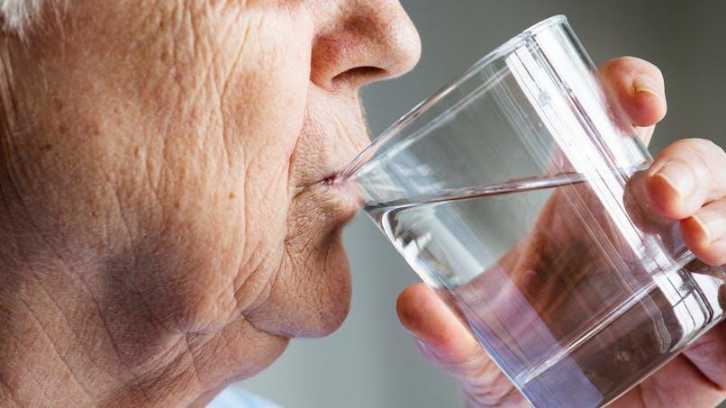 Canicule: buvez de l'eau... mais pas trop
