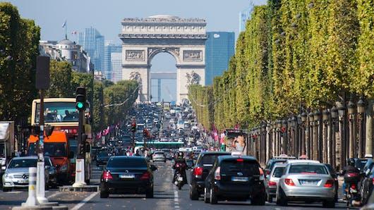 Un week-end prolongé à Paris équivaut à fumer 2 cigarettes