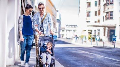 Les enfants plus exposés à la pollution à cause des poussettes
